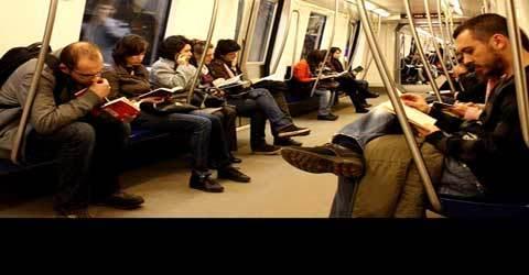 Lectura a renascut: Citeste mult, dar nu multe !