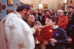 Impartasirea continua - hrana duhovniceasca a preotului si a crestinului
