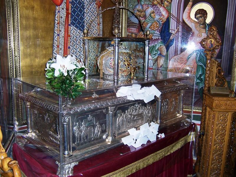 Moastele Sfantului Dimitrie Izvoratorul de Mir