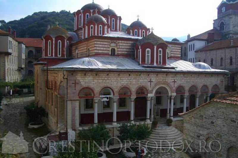 Manastirea Esfigmenu - Biserica