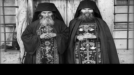 Schima mare, un antimis al liturghiei neincetate