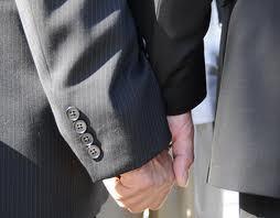 Casatoriile homosexualilor