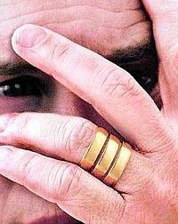 Poligamia, casatoria afectata de pacat