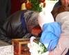 Pelerini la moastele Sfantului Dimitrie, Ocrotitorul Bucurestilor
