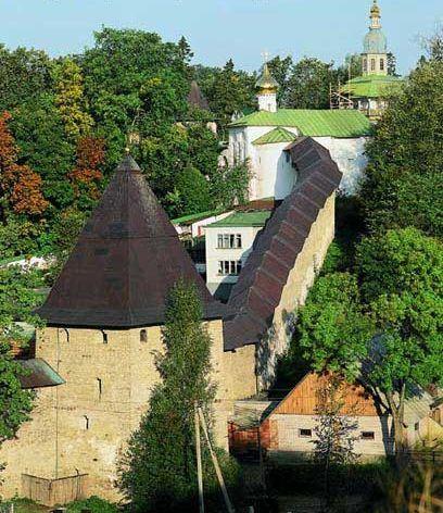 Manastirea Pesterilor - Pskov