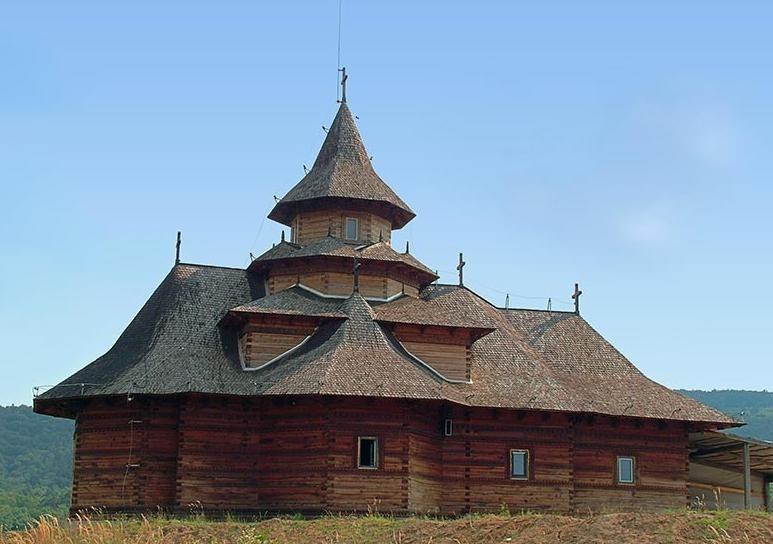 Pelerinaj la Manastirea Nera
