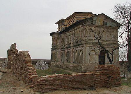 Biserica Sfantul Andrei - Frunzanesti