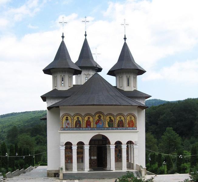 Randuielile obstii Sfintei Manastiri Sihastria