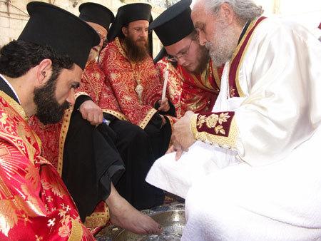 Joia Mare - Ritualul spalarii picioarelor