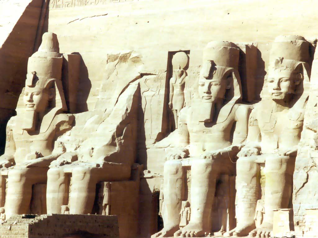 Temple, preoti, rituri si sarbatori