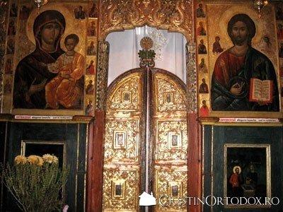 Manastirea Humor - Usile si Icoanele Imparatesti