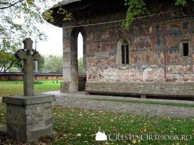 Manastirea Humor - Sfanta Cruce