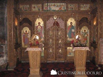 Manastirea Bogdana - Sfantul Altar