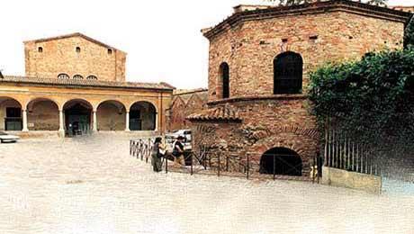 Baptisteriile - locuri destinate Sfantului Botez
