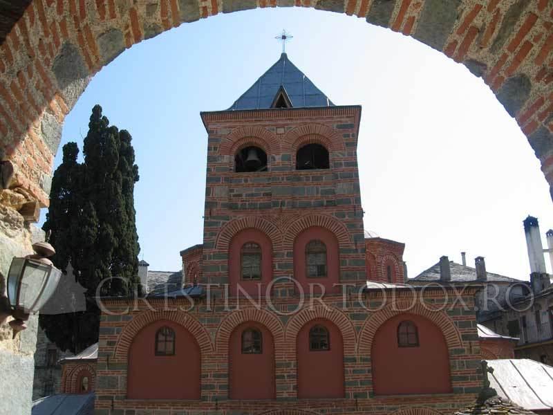 Manastirea Filoteu - Biserica